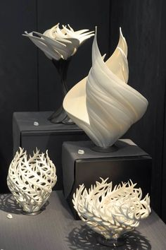 Love her work need a piece or 2 for the house jennifer mccurdy – ArtofitNature inspired vases that glow with an inner golden fire – Artofit Martha ' S Vineyard. Ceramic Clay, Porcelain Ceramics, Ceramic Pottery, Pottery Art, Concrete Crafts, Creation Deco, Paperclay, Gourd Art, Polymer Clay Art