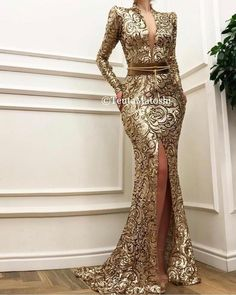 Details - Sparkly brown dress color - Sequin dress fabric - Leather belt detail - Sirene gown - For parties and special events Mode Outfits, Dress Outfits, Fashion Outfits, African Fashion Dresses, African Dress, Dinner Gowns, Lace Dress Styles, Event Dresses, Prom Dresses
