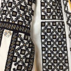 IaAidoma. Romanian blouse detail. Folk Costume, Costumes, Folk Embroidery, Peasant Tops, Traditional Outfits, Cross Stitching, Blackwork, Alexander Mcqueen Scarf, Boho Fashion