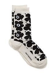 HIETA - WHITE, BLACK, WHITE Marimekko, Indie Girl, Cool Outfits, Fashion Outfits, Designer Socks, Cute Little Things, Fall Wardrobe, Personal Style, Autumn Fashion