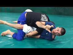 If you ever lost a Kimura from the Closed Guard due your opponent's defense you will love this detail!Learn To Dominate From The Most Dominant Bottom Position In BJJ: Tom DeBlass – An Old School C Jiu Jitsu Training, Mma Training, Judo, Karate, Jiu Jitsu Techniques, Ju Jitsu, Brazilian Jiu Jitsu, Mixed Martial Arts, Muay Thai