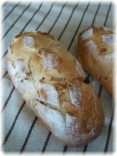 *レーズンクルミパン*