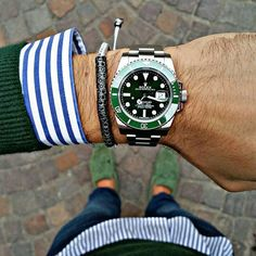 Fan Pic Of The Day ! | @b1948 Posts A Cool Photo Of His #Rolex Submariner Hulk Nicely Paired With Our Premium Rhodium Plated Silver Black Diamonds Stoppers Macrame Bracelet - Grey | Great Combo | For A Chance To Get Featured Post A Cool Photo Of Your ATOLYESTONE Jewelry With The Tag #atolyestone |
