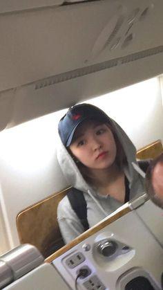 Kpop Girl Groups, Korean Girl Groups, Kpop Girls, Olaf, My Girl, Cool Girl, Wendy Red Velvet, Seulgi, South Korean Girls