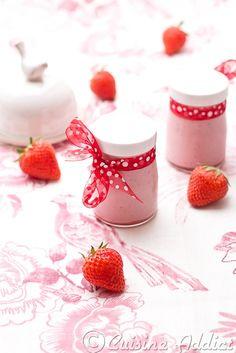 Une nouvelle recette de yaourt, ça faisait longtemps!! Cette recette est en fait une impro qui s'est révélée délicieuse et c'est pourquoi je la partage ave