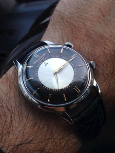 "Jaeger-LeCoultre Memovox With ""Tuxedo"" Dial:"