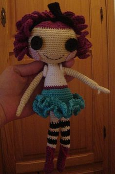 Pattern for a lalaloopsy like doll. This is so much cuter than the ones in the store. More huggable.