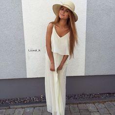 Lina mit einem unserer Loevenich Sonnenhüte. Mehr über Lina hier: https://instagram.com/liina_h