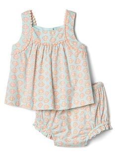 Gap - Shell Pom-Pom Top and Bloomer Set