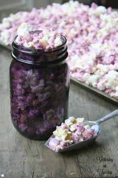 popcorn-wedding crunch