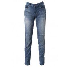 EDA TROUSER | Stoere blauwe skinny jeans met kniestukken en een licht verwassen uitstraling. De hoge taille en de zachte stretch-katoen kwaliteit voorzien de jeans van optimaal comfort! Een all-season must-have om jarenlang plezier van te hebben.