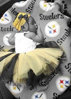 newborn steelers tutu....so sweeet I would pick a different team but she's still a cutie!