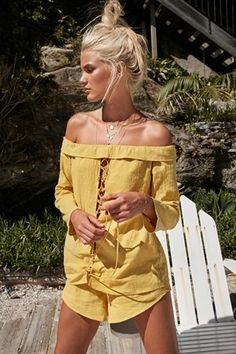 Shop playsuits and jumpsuits online. Whether it's a music festival, summer barbecue or just a day at the beach - we've got you covered!