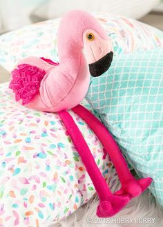 Swap out fabric for felt on this long-legged lovely and use Simplicity 1082 for the how-to!