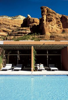 Brides.com: Top 10 Resorts in the Mainland U.S.. 6. Enchantment Resort, Sedona, Arizona The desert landscape is the draw here, so don't be surprised when you notice that the blues, taupes, and rust tones of your casita match the colors of the sky, earth, and red rocks outside. With the canyons and vortexes (energy centers) of Sedona to explore, hiking is a must. Good thing your aching muscles have access to Mii amo, consistently ranked among the best destination spas anywhere; Enchantment…