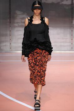Marni Spring 2014 Ready-to-Wear Fashion Show - Binx Walton
