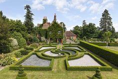 Photos: Ringo Starr's palatial Surrey estate
