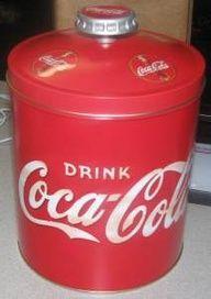 Coke Coca Cola Tin Cookie Jar Canister Bottle Top Brand New Coca Cola Decor, Coca Cola Ad, Always Coca Cola, World Of Coca Cola, Coca Cola Bottles, Mountain Dew, Ginger Ale, Coca Cola Kitchen, Cocoa Cola