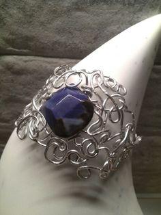 Bracciale wire alluminio e agata blu