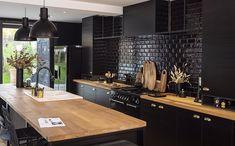 Kitchen Room Design, Modern Kitchen Design, Home Decor Kitchen, Interior Design Kitchen, New Kitchen, Kitchen Ideas, Black Kitchens, Home Kitchens, Tuscan Kitchens