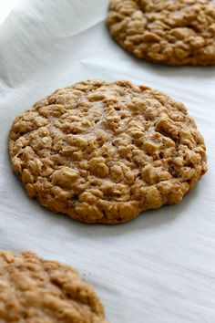 Pumpkin Spice Oatmeal Cookies will disappear so quickly. Make two batches!