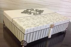 porta-joia-biju-em-mdf-cinza-e-branco-romantica.jpg 1.200×789 pixels