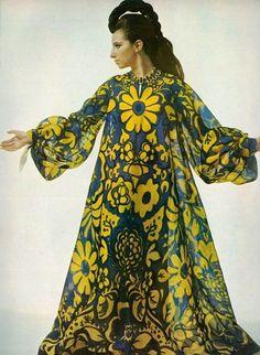 Barbra Streisand photographed by Richard Avedon, 1966.