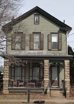 Farmhouse Victorian Guest Cottage   Old House Restoration, Products & Decorating
