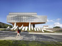 Edificio Portal Bill & Melinda / Morphosis Architects