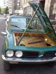 Piano-car