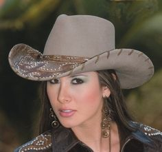 Ultimate Cowgirl Hat - My daughter-in-law Tricia would love this!!!!!!