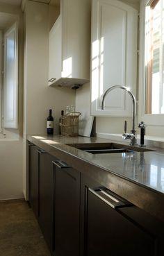 Italian Noce Travertine kitchen top