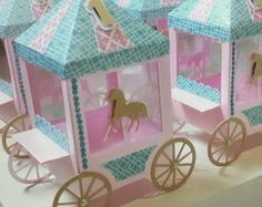 Carrinho de pipoca Carousel Birthday Parties, Carousel Party, Circus Birthday, Circus Party, Unicorn Birthday, Billet Concert, Horse Party Decorations, Carnival Baby Showers, Exploding Box Card
