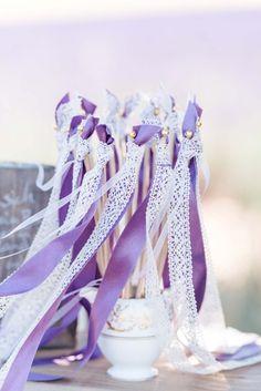 Französische Teeparty im Lavendelfeld der Provence @Der Rothe Faden http://www.hochzeitswahn.de/inspirationsideen/franzoesische-teeparty-im-lavendelfeld-der-provence/ #lavendel #wedding #diy