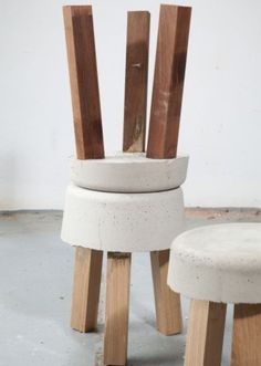 cement top stool with squared legs diy Concrete Stool, Concrete Furniture, Concrete Art, Wood Stool, Concrete Design, Diy Furniture, Polished Concrete, Wood Benches, Stained Concrete
