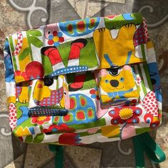 What an amazing #hazelnutbackpack made by Jemi! #cocowawapatterns #sewing Diaper Bag, Sewing Patterns, Patches, Handmade Items, Backpacks, Make It Yourself, Drawings, Easy, Crafts