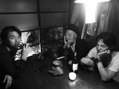 G-Dragon Meets Daesung And Taeyang For Wine http://www.kpopstarz.com/articles/100442/20140722/g-dragon-meets-daesung-and-taeyang-for-wine.htm