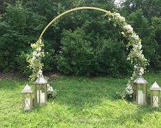 20 inc Floral hoop Tabletop black Ring and Stand NEW YEAR-- set of 5 -- For Flower Centerpieces. Backdrop Frame, Ceremony Backdrop, Backdrops, Metal Arch, Metal Pergola, Diy Wedding, Wedding Flowers, Summer Wedding, Wedding Ideas