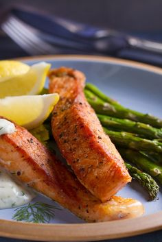 Whether you are after a heathy mid-week meal or something a bit special for Good Friday, our salmon with dill & mustard sauce is a great choice. Asparagus is in season near Easter, but other spring greens would also work well with this dish. Dill Sauce For Salmon, Dill Salmon, Mustard Salmon, Roasted Salmon, Spring Green, Perfect Food, Salmon Recipes, Tray Bakes