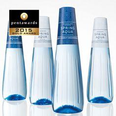 The world's leading packaging design competition. Water Packaging, Beverage Packaging, Bottle Packaging, Bottle Mockup, Best Water Bottle, Water Bottle Design, Agua Mineral, Bottle Images, Aqua