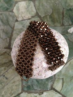 Moon Rocks Bracelet Part 1- embellished netting.  #Seed #Bead #Tutorials