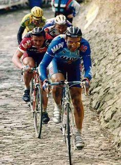 Giro delle Fiandre 1994, 3 aprile. Sint-Niklaas > Meerbeke.  Franco Ballerini (1964-2010), Andrei Tchmil (1963), Johan Museeuw (1965) e Gianni Bugno (1964)