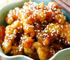 # Yummy # Sesame # Chicken # Recipe Sesame Chicken - crispy chicken with sweet, savory sauce with sesame seeds. Sesame Chicken, Crispy Chicken, Hashbrown Hamburger Casserole, Poulet General Tao, Chicken Recepies, Keto Sauces, One Pot Pasta, My Best Recipe, Macaroni And Cheese