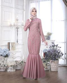 40 Ideas for long dress brokat muslim Dress Brukat, Hijab Dress Party, Dress Outfits, Dress Brokat Muslim, Dress Pesta, Muslim Dress, High Neck Lace Dress, Lace Dress With Sleeves, Dress Long