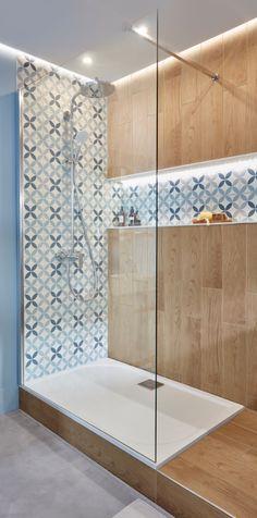 Bathroom Plans, Small Bathroom, Modern Tv Room, Toilet Design, Bathroom Toilets, Bathroom Styling, Amazing Bathrooms, Diy Home Decor, House Design