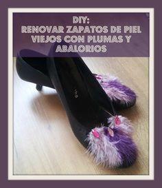 DIY Renovar zapatos de piel viejos con plumas y abalorios