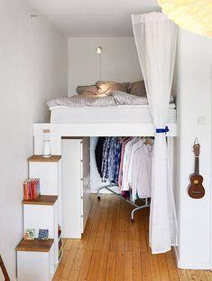 Tiny apartments, bedroom decor и small apartments. Tiny Apartments, Tiny Spaces, Studio Apartments, College Apartments, Compact Living, One Bedroom Apartment, Apartment Living, Apartment Curtains, Apartment Design