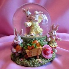 Musical Easter Snow Globe Dome Bunnies Rabbits Dancing Plays Easter Parade Gift