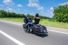 Auto magazin harley davidson road glide test 019 Road Glide Special, Harley Davidson Road Glide, Motorcycle Garage, Biker, Racing, Ali, Motorcycles, Motorbikes, Lace