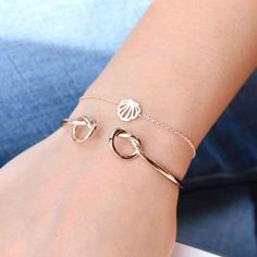 46 Ideas For Jewerly Outfit Ideas Rose Gold Cute Jewelry, Silver Jewelry, Jewelry Accessories, Jewelry Design, Cheap Accessories, Diamond Bracelets, Bangle Bracelets, Bijoux Or Rose, Jewelry Illustration